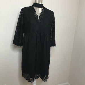 🆕 Black Lace Long Sleeved Dress